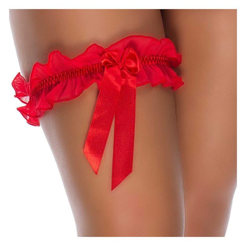 Uma perna com um persex. O persex é uma tira rendada que se usa na perna. Perfeita para usar junto com uma lingerie sensual